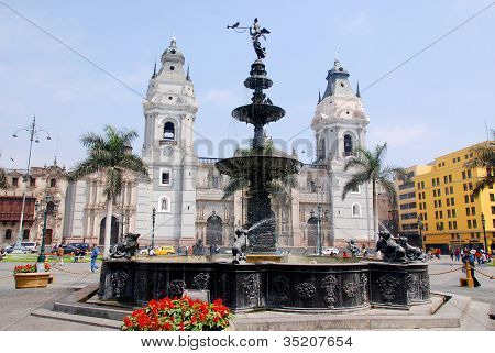 Cathedral at Plaza de Armas