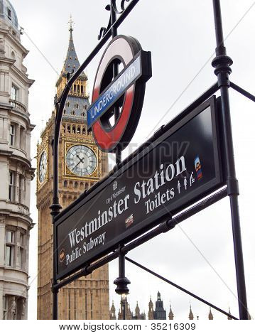 Editorial use,  Westminster station and big ben,