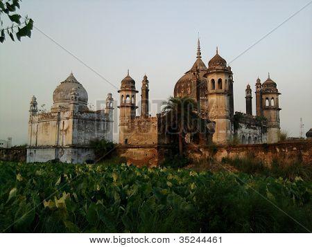 Mogul architect Mazaar