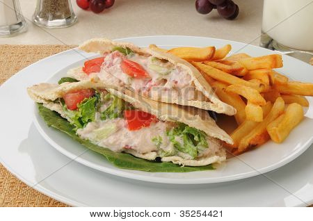 Tuna Sandwich With Fries