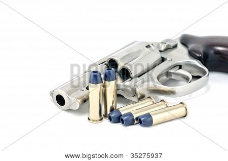 Revolver gun .38 mm and bullets