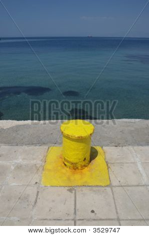 Yellow Capstan