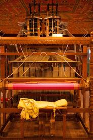 image of handloom  - The weaver - JPG