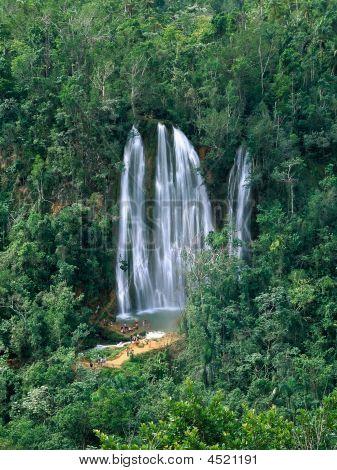 Salto Limon Falls