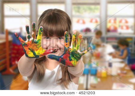 klassenunterschied Malerei im kindergarten