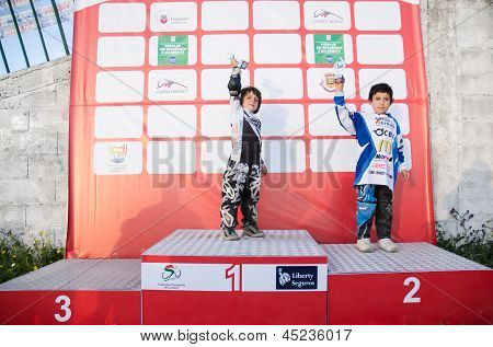 School/pupil Podium