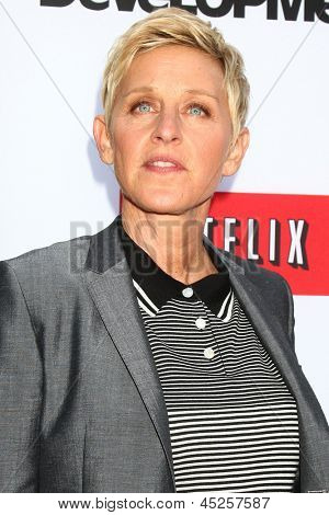 LOS ANGELES - APR 29:  Ellen DeGeneres arrives at the