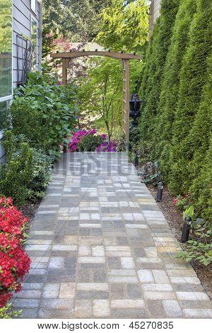 Jardim tijolo Paver caminho com mandril