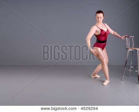 Bailarino de Lady Warm Up exercícios