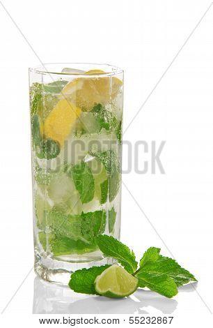 Cold cocktail of Mojito