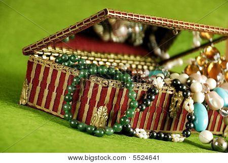 Jelwelery Casket