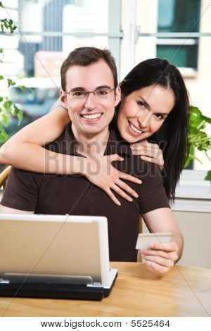 happy Couple, online-shopping