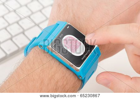 Fingerprint Scanning On Smartwatch