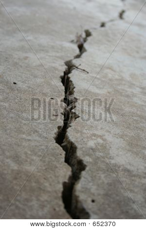 Crack In Foundation 2