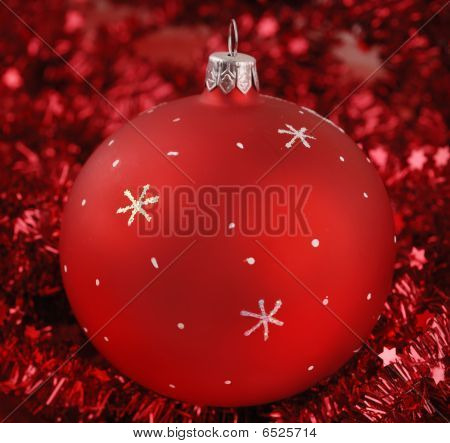 Close-up Photo Of Red Christmas Ball