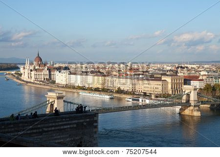 Budapest Chain Bridge and Parliament Building