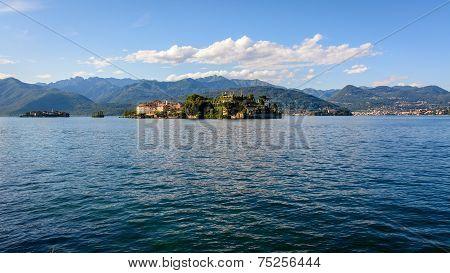 Two Island Maggiore Lake