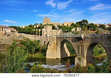 Puente de San Martin bridge over the Tagus river in Toledo, Spain
