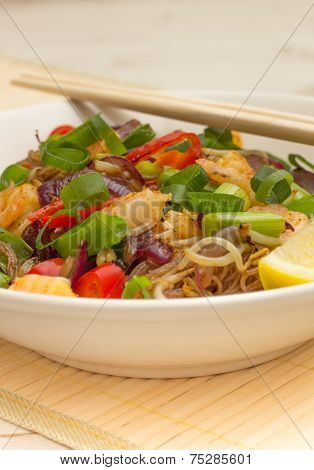 Pad Thai With Noodles And Prawns