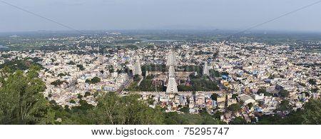 Annamalaiyar Temple And Thiruvannamalai.