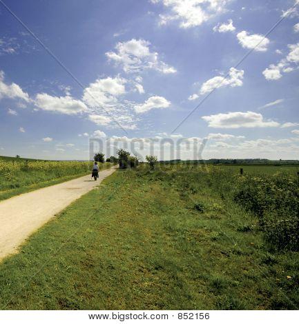 Blick von der Greenway Fuß- und Radweg verfolgen stillgelegten Eisenbahn