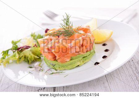 cuisine culinary, salmon and avocado salad
