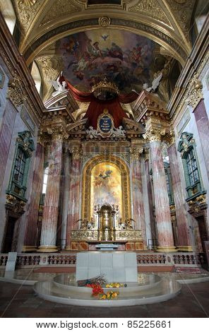 VIENNA, AUSTRIA - OCTOBER 10: Interior of baroque Jesuits church. The church was built between 1623 and 1627. in Vienna, Austria on October 10, 2014.