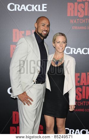 LOS ANGELES - MAR 11:  Hank Baskett, Kendra Wilkinson at the