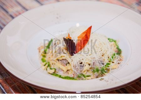 Pasta with seafood and cheese sauce