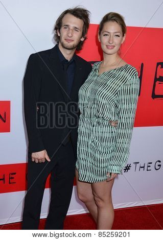 LOS ANGELES - MAR 12:  Hopper Penn, Uma Von Wittkamp at the