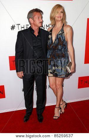 LOS ANGELES - MAR 12:  Sean Penn, Charlize Theron at the