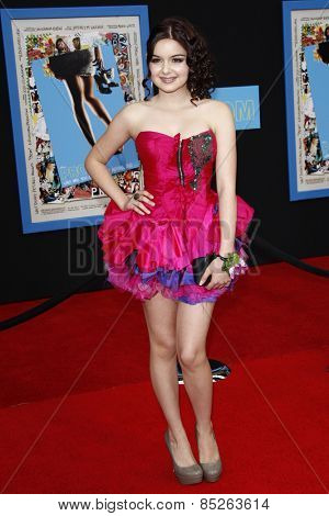 LOS ANGELES - APR 21: Ariel Winter at the premiere of Walt Disney Pictures' 'Prom' at the El Capitan in Los Angeles, California on April 21, 2011.