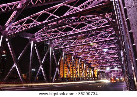 Night scene of Waibaidu Bridge