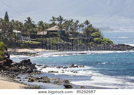 Waves Breaking On The Rocks On A Sunny Day During A Spectacular Ocean View Paia, Maui, Hawaii, Usa