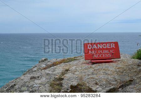 Danger no public access sign.