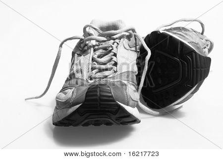 Zapatillas desgastadas entrenadores Ilford Delta blanco y negro