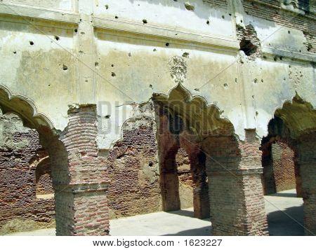 Bullet enträtselte Ruine