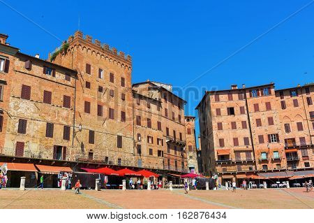 Piazza Del Campo In Siena, Tuscany, Italy