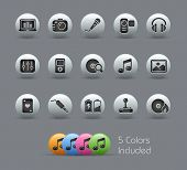 Media & Entertainment // Pearly Series -------It includes 5 color versions for each icon in differen