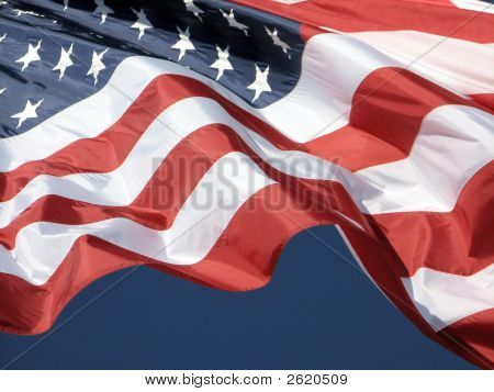 american flag pictures vertical. American+flag+waving+in+