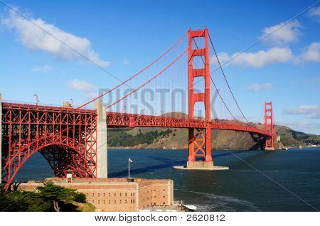 Puente Golden Gate y el punto fuerte de la mañana