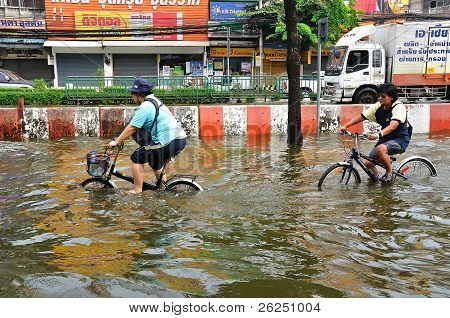 BANGKOK, THAILAND - NOVEMBER 05 : Heavy flooding from monsoon rain in Ayutthaya and north Thailand a