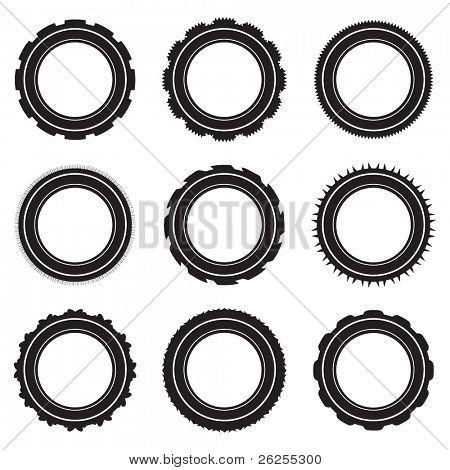 Seleção de pneus de carro preto com degraus diferentes e padrões