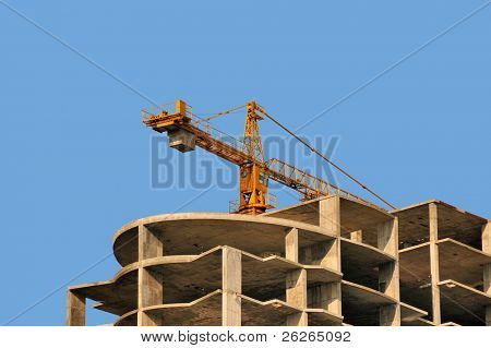 modern monolithic housebuilding and crane