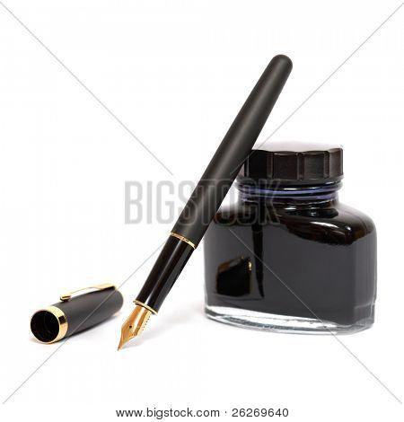 pluma con botella de tinta