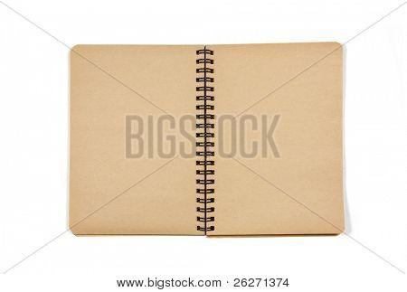 Cuaderno abierto en blanco en blanco aislado