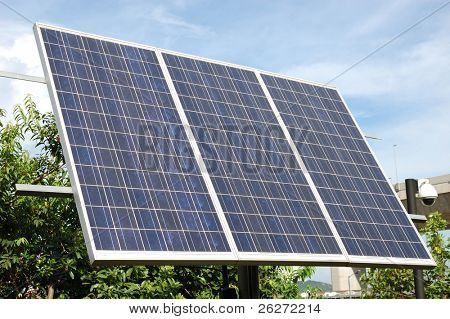 Solar panel - three 165 W Photovoltaic panels