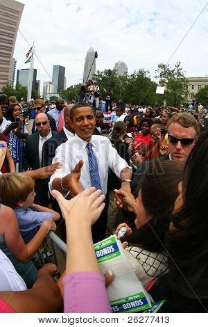 CHARLOTTE, NC - SEP 21:  Democratic nominee, Barack Obama, makes a campaign stop on Sept 21, 2008 in Charlotte, NC