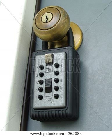 Real Estate Lockbox Push Button Type