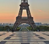 View Of The Eiffel Tower At Sunrise From Trocadero. poster